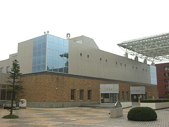 現在の弘前図書館