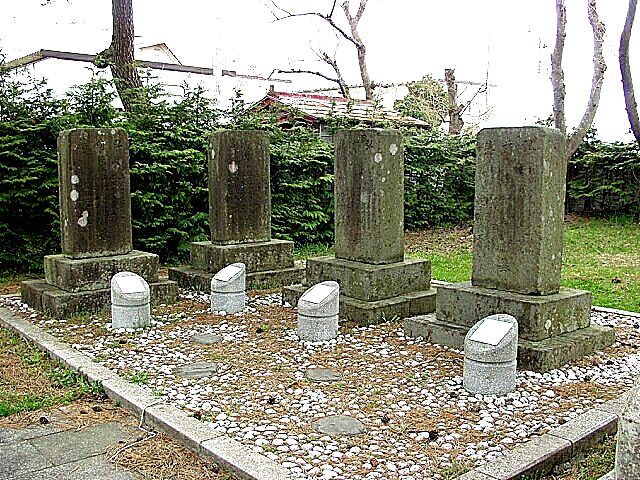 野辺地戦争戦死墓