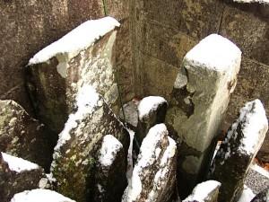 島左近の墓