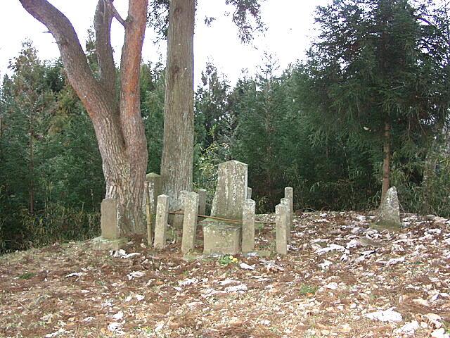 杉目太郎供養碑