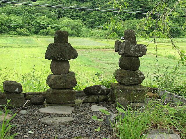 小栗山の五輪塔