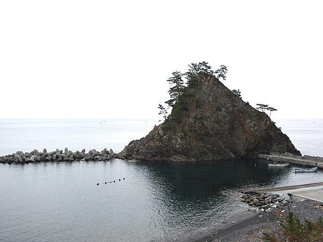 矢止めの岩