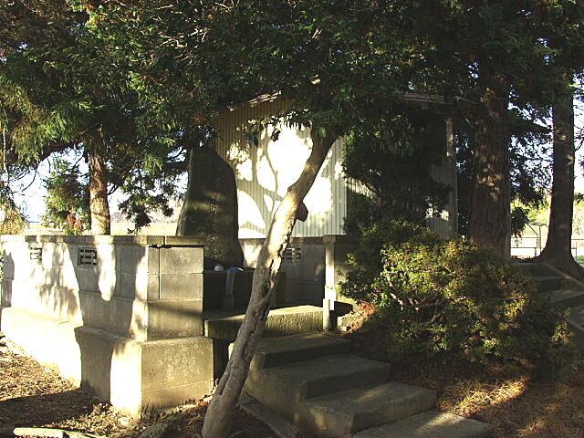 小僧丸の墓