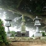 柴田親子の墓