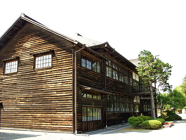旧金成小学校校舎